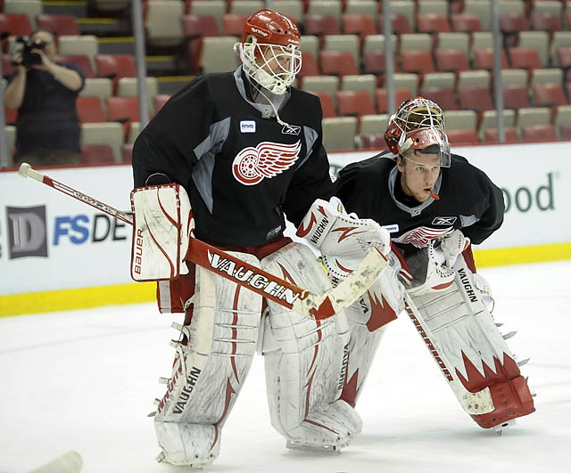 Wings, Sharks practice at the Joe