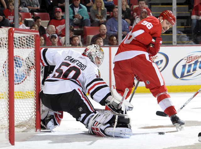 Blackhawks 3, Red Wings 2