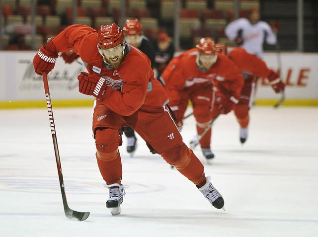 Red Wings start practice for Round 2