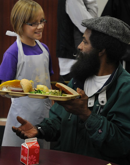 thanksgiving at capuchin soup kitchen news photo gallery