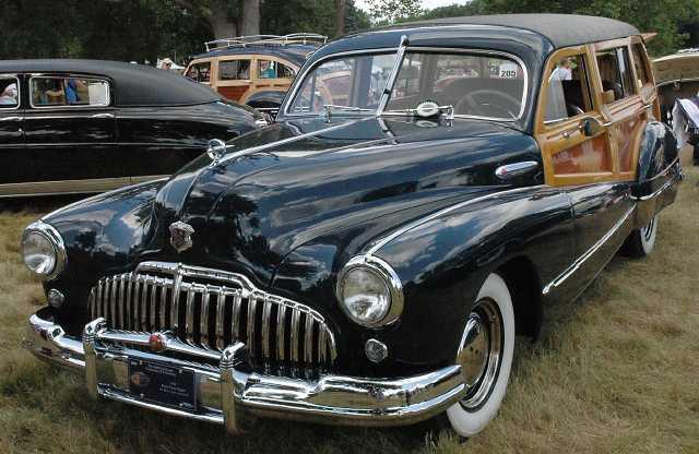 stock photo : BANGKOK - JUNE 23 :Chevrolet, Vintage cars on display in