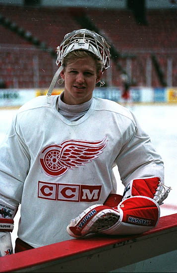Wings' Chris Osgood retires