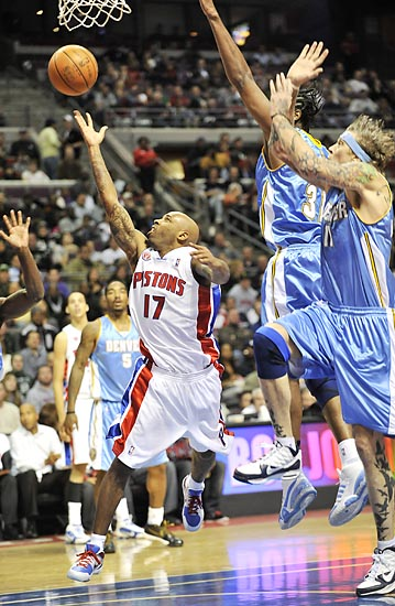 Pistons 101, Nuggets 99